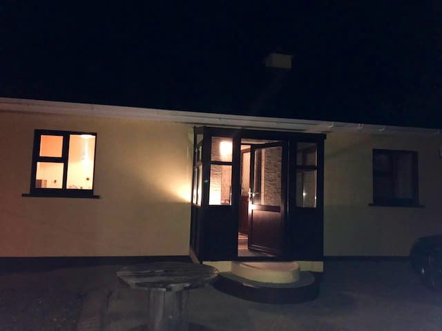 1 Bedroom Country Cottage