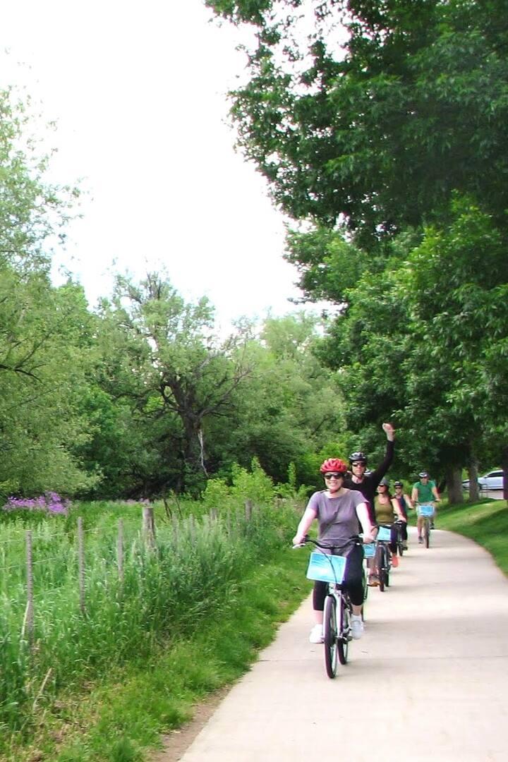 Beautiful, safe, paved bike paths