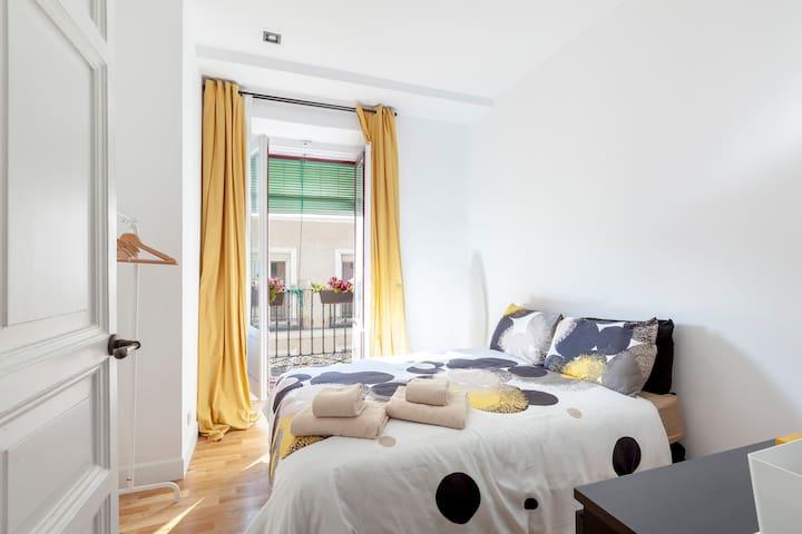 Habitación privada en pleno corazón de Madrid
