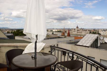 Full Panorama to the Danube - Budapest - Apartment