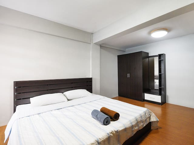 OYO Life Palm apartment / Monthly rooms
