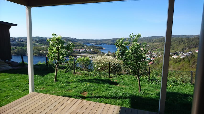 Apartment with beautiful view! 2 Bedrooms - Kristiansand - Appartement