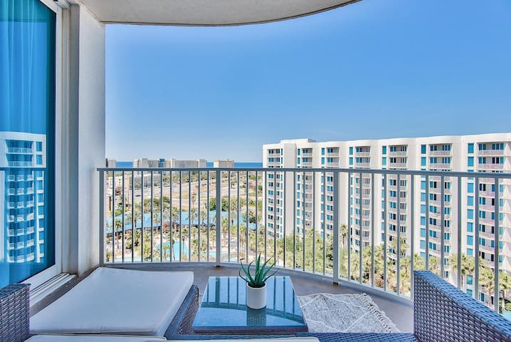 Destin Condo with Amazing views 11th Floor