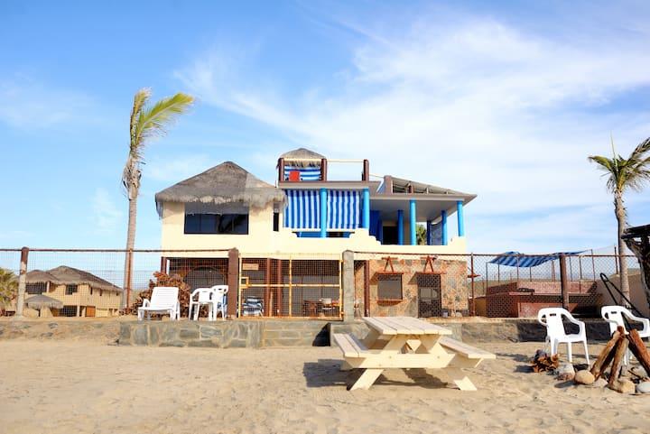 Cerritos Beach Palace's Spectacular Casa Roca