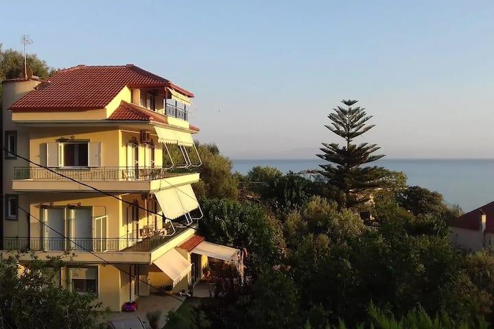 Sunny Apartments - Mezonete