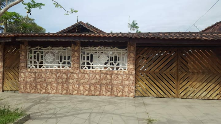 Casa de veraneio (Bertioga)