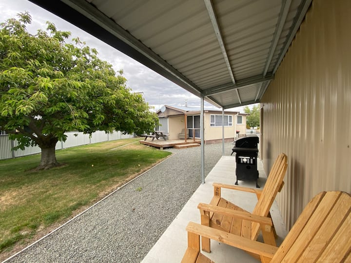 Yee-ha Holiday Home, Central location, Twizel