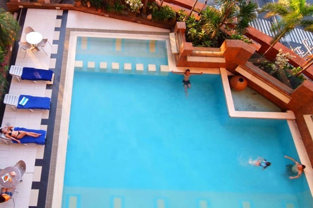 The swimming pool is located at the 8th floor. Pool hours are from 9:00AM – 10:00PM