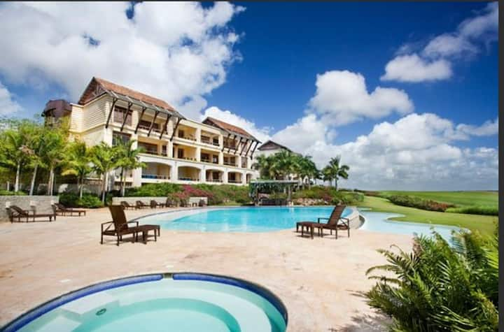 Beautiful Serene Condo Golf View at Casa de Campo