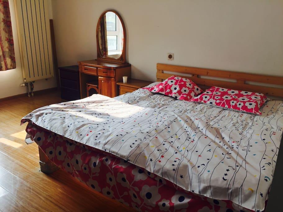阳光明亮的房间~特别温暖