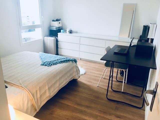 chambre spacieuse + sdb privée proche de Bordeaux