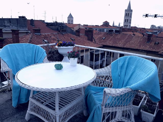 TERRACE  APARTMAN OLD TOWN