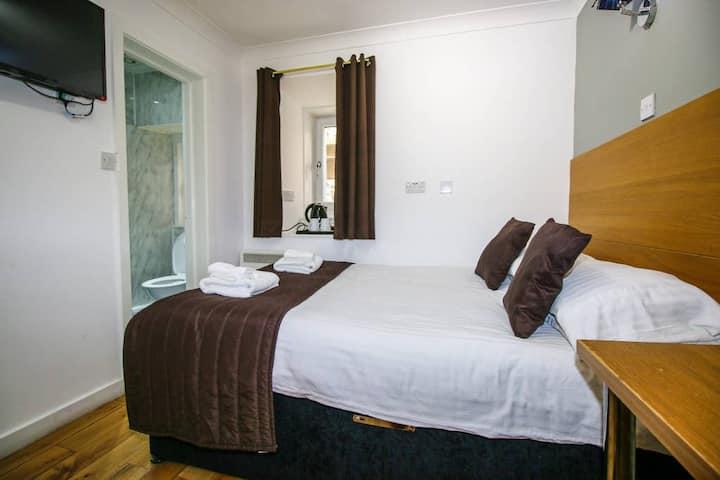 En suite King Rooms  in Glasgow City Centre