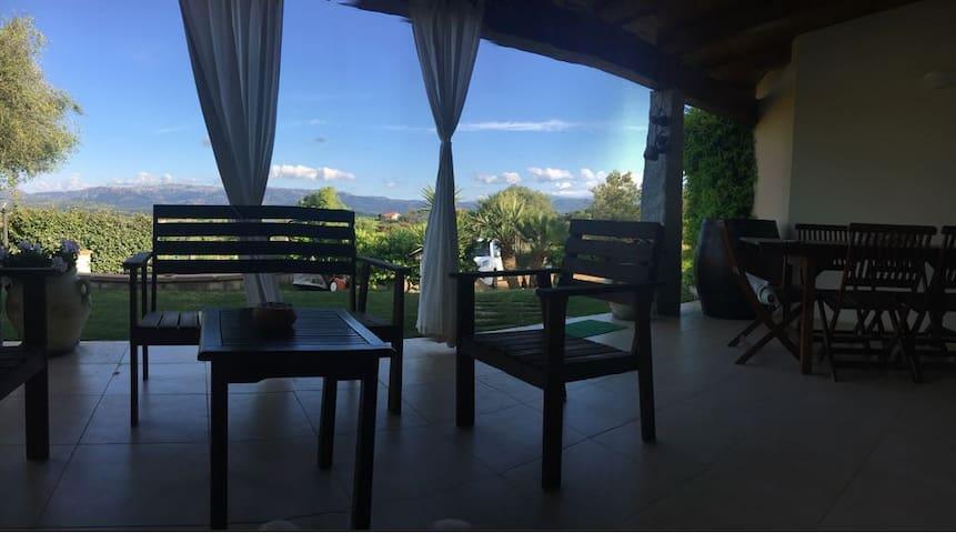 B&B Su Dezzi villa LORO