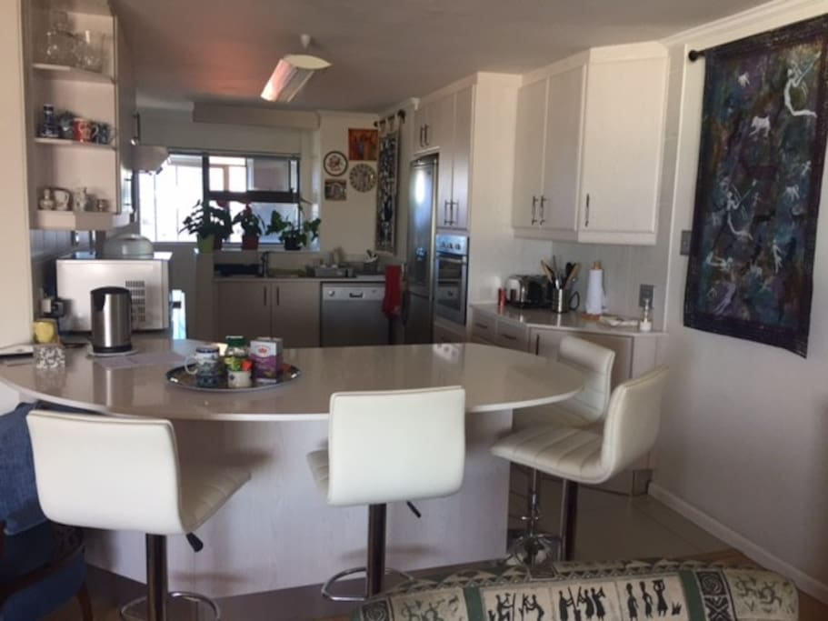 open plan kitchen / lounge / dining area