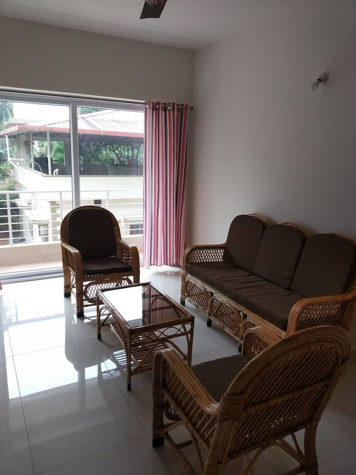 2 BHK AC APARTMENT @LONG FIELD. YEYYADI.