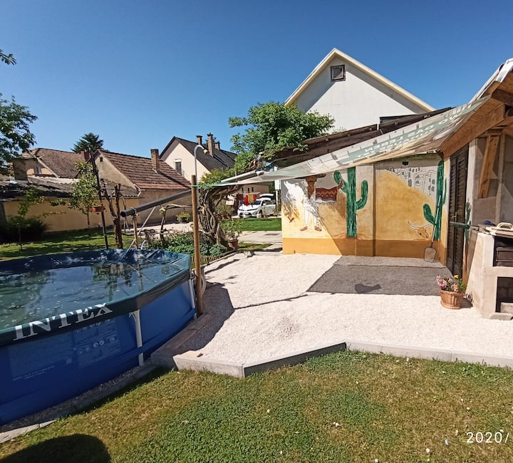 Pelso Holiday Apartments
