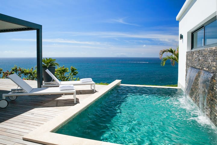 Private Luxury  Emerald House indigo bay