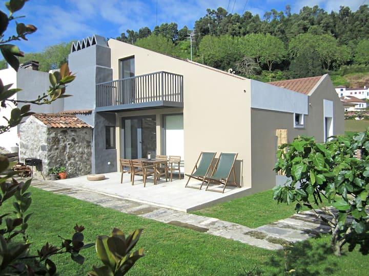 Furnas Valley design house (2Br)