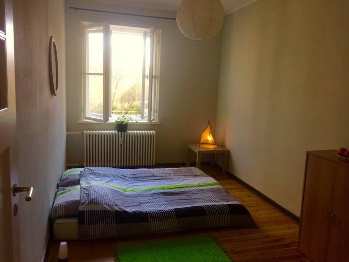 Quiet room, close to the center