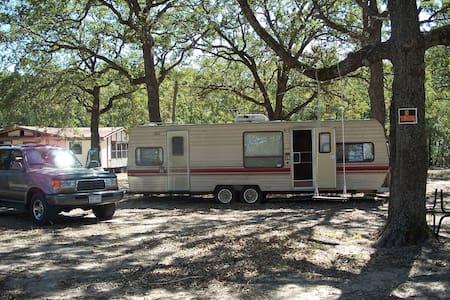 RENT ME!!!! - Corsicana - Camping-car/caravane