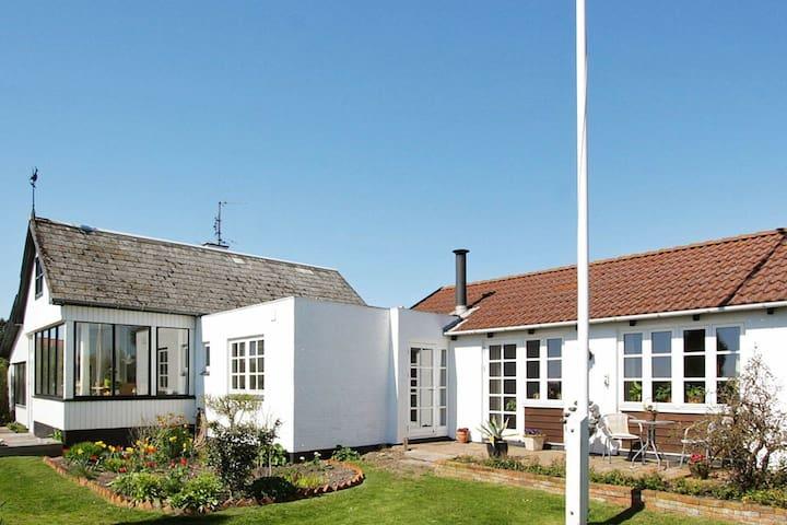 Maison de vacances moderne à Funen au Danemark avec terrasse