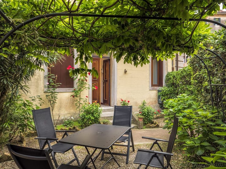 SANT'ELENA GARDEN lovely 2 bedrooms