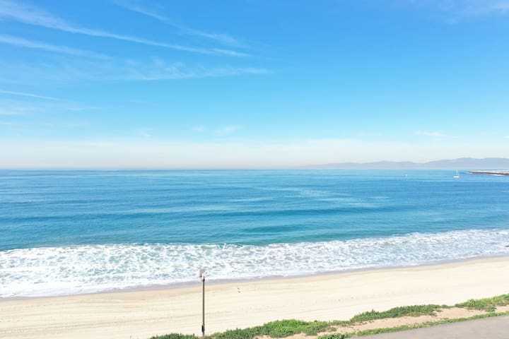Redondo Beach Home with a View