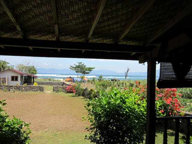 Nungas wood house, Lakeypeak, Sumbawa
