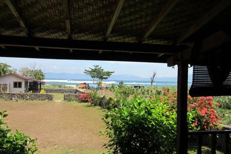 Villa Nungas, Lakey peak, Sumbawa