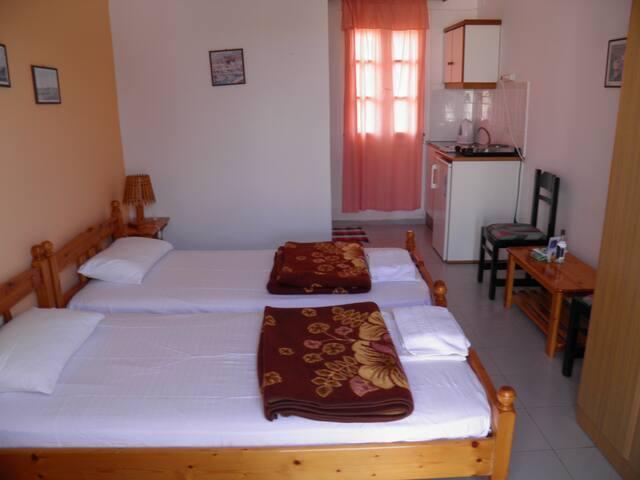 Double Room, Kini Syros (B) - Kinit - Bed & Breakfast