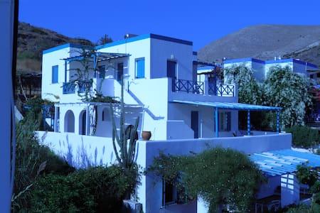 2 Bedroom Apt. In Kini, Syros
