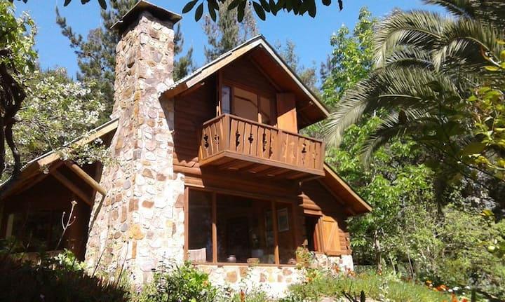 Casa Lago Vichuquen, orilla de lago y muelle