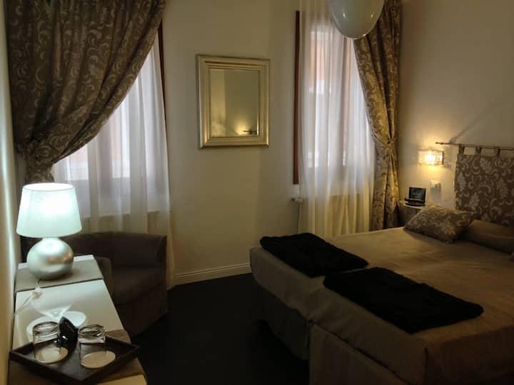 Meravigliosa camera superior con bagno turco