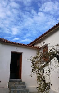 Cozy, Renovated Farmer's House  - Koroni Messinias - Huis