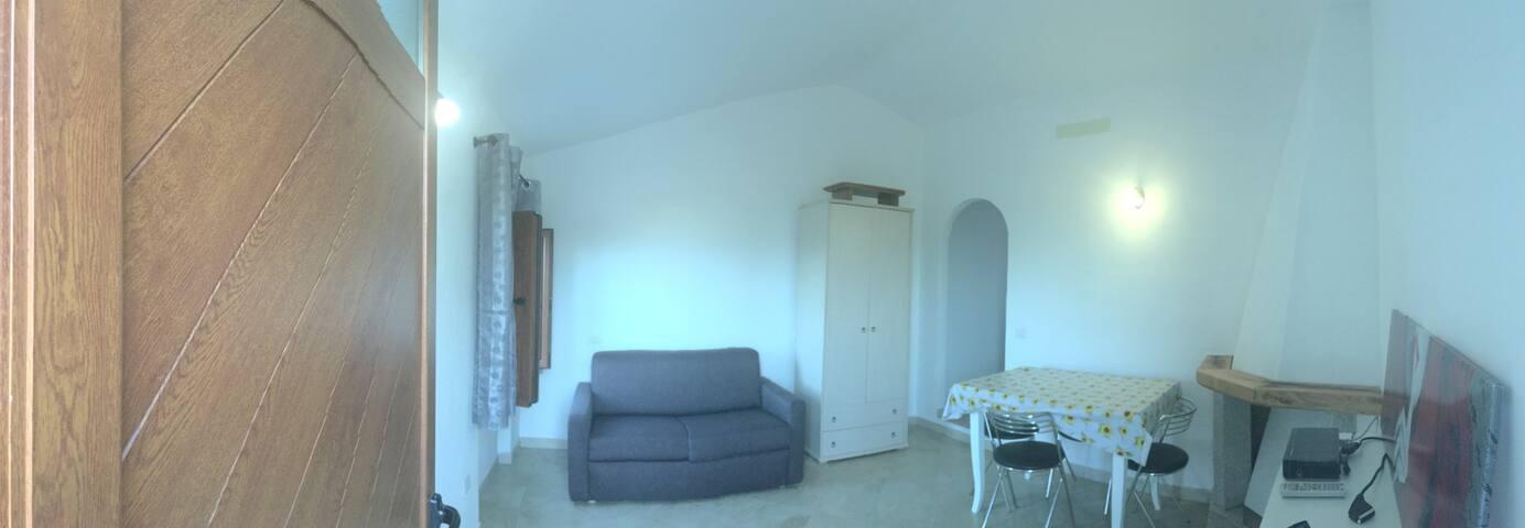 New studio apartment in Cugnana / Monolocale