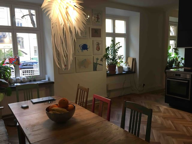 Location! 4 bedroom Apartment - Downtown Stockholm
