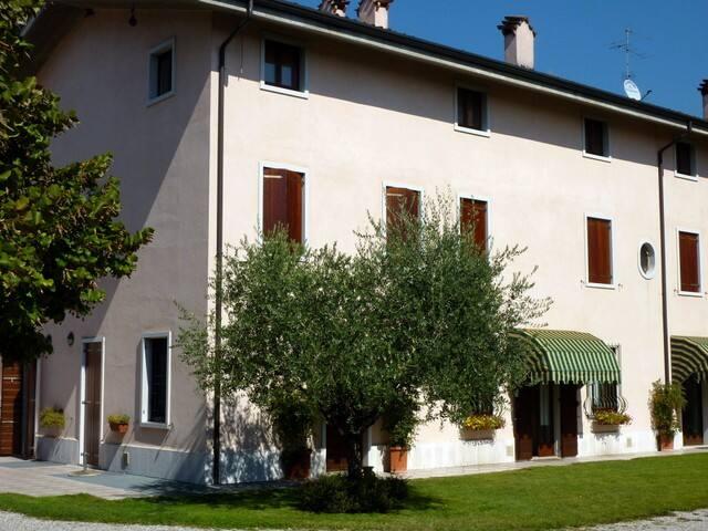 House in the nature - Valeggio Sul Mincio