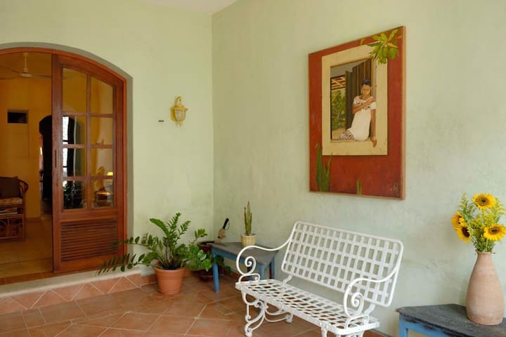 Best Local Casa Linz, heart of Centro❤❤❤$600 mo.JU - Merida - Apartamento