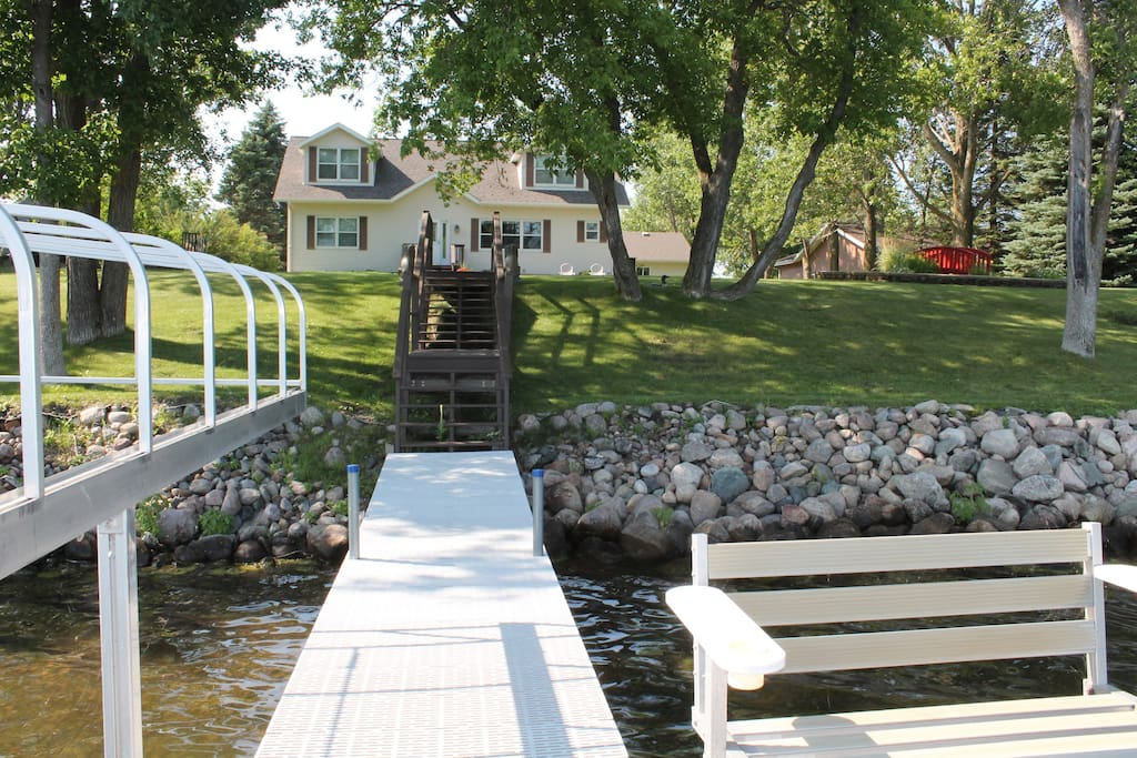 Dock and boat lift area