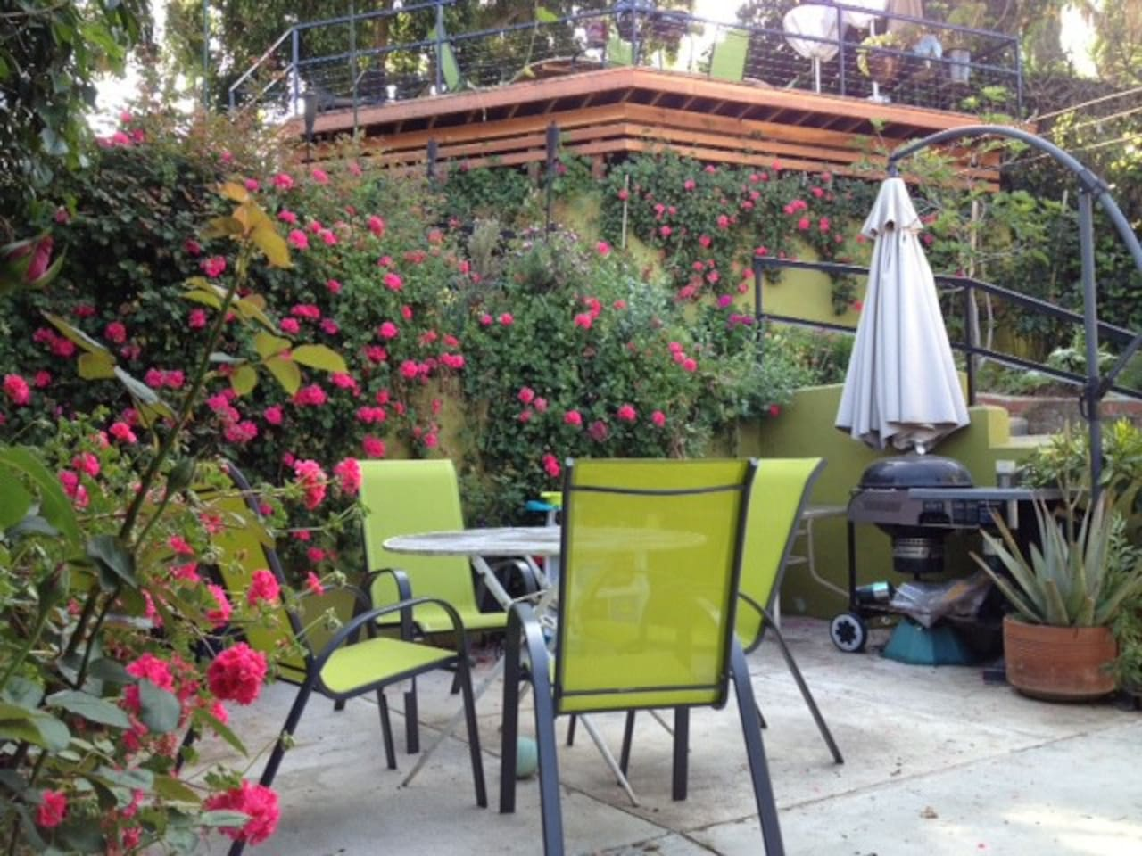 Year 'round flowers and outdoor living.