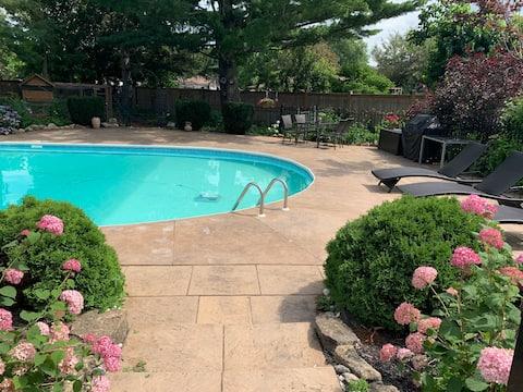 Cómoda suite con piscina privada