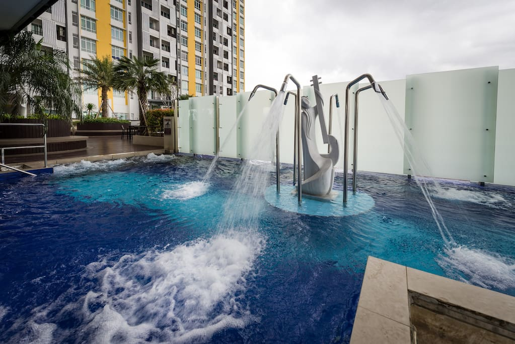 Fun pool facilities for great fun with family and friends