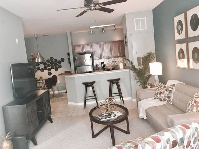 Private Mid-Century Apartment  Hideaway - Orlando - Appartement