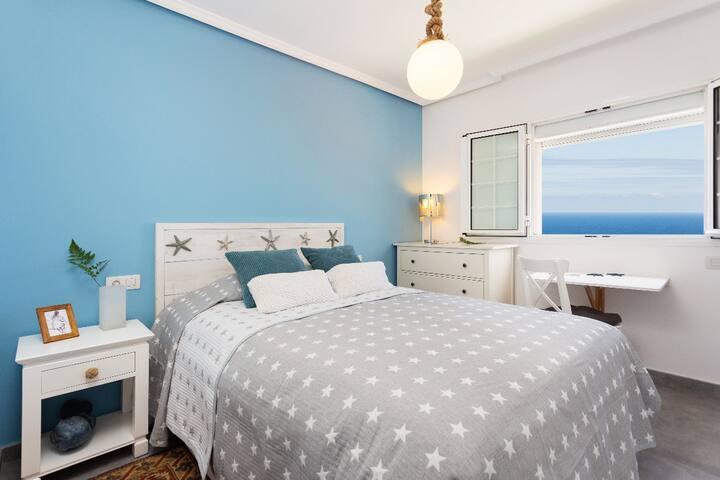 Habitación doble / Double bedroom