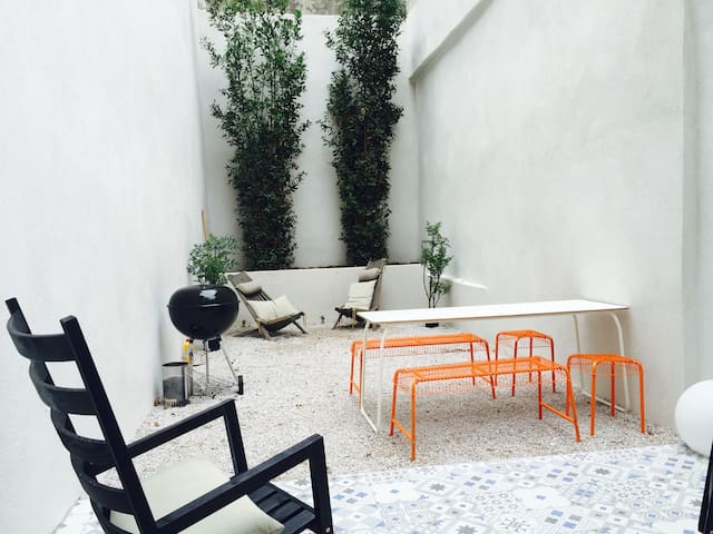 New city center terrasse with private entrance - Marseille - Byt