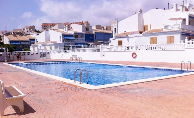 Triplex 100m playa varadero.Piscina - Santa Pola - House