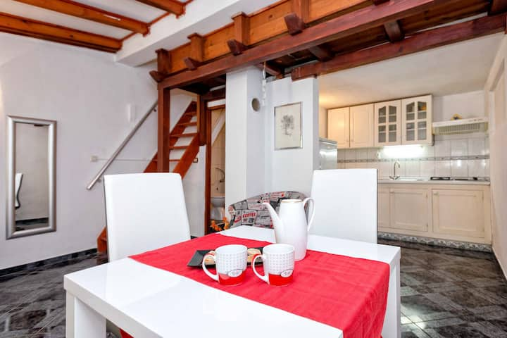 Lovely apartment in Stari Grad