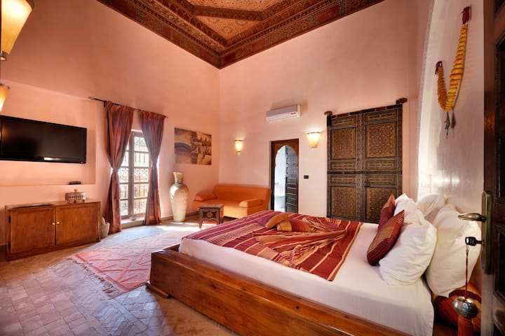Luxury suite, Riad Les Ammonites