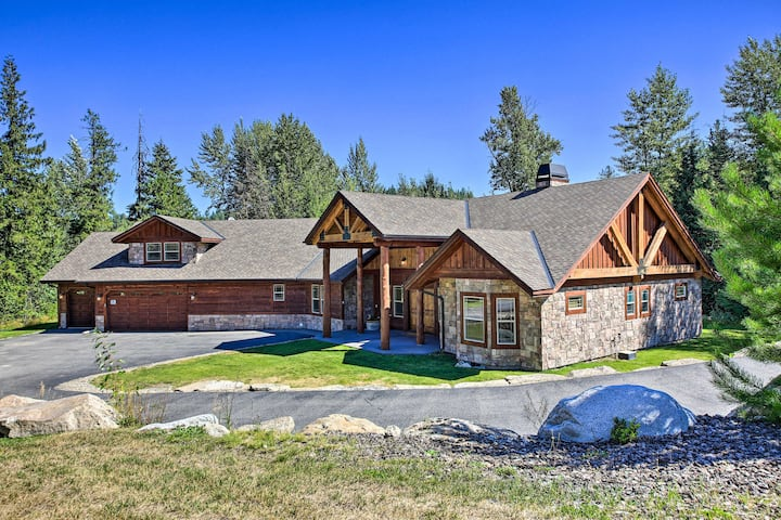 Beautiful Priest Lake Home on Golf Course!